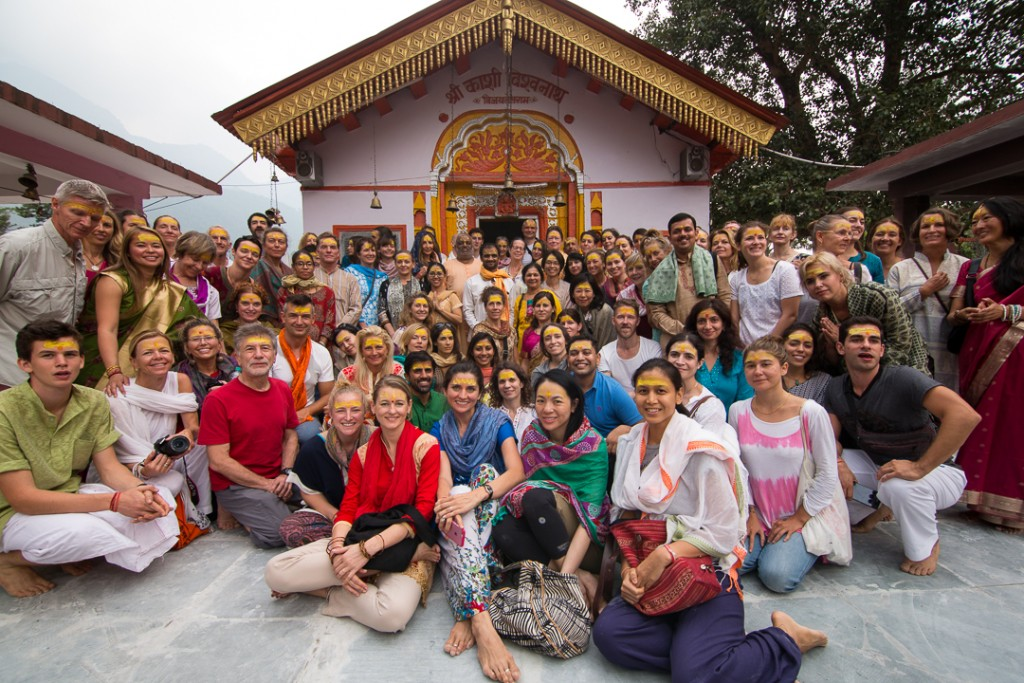 Mahayogi R. Sharath Jois and Ashtanga Yogis at Kashi Vishwanath Mandir, Uttarkashi, Uttarakhand, Himalayas. October 13, 2015. ©robertmoses