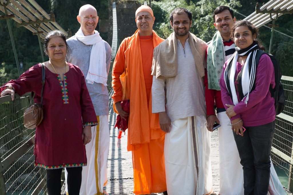 Saraswati, Eddie, Swami Janardananda, Sharath, Lakshmeesh and Usha on the bridge at Netala, Uttarkashi. October 15, 2015. ©robertmoses