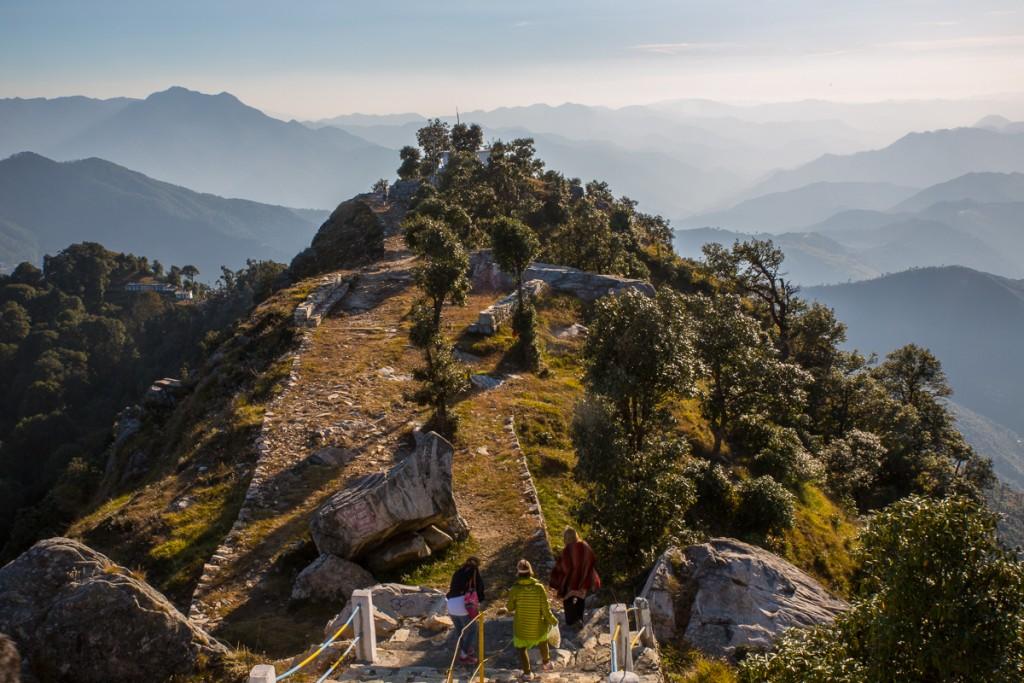 Climbing down from Kartikswami. October 2015. ©robertmoses.