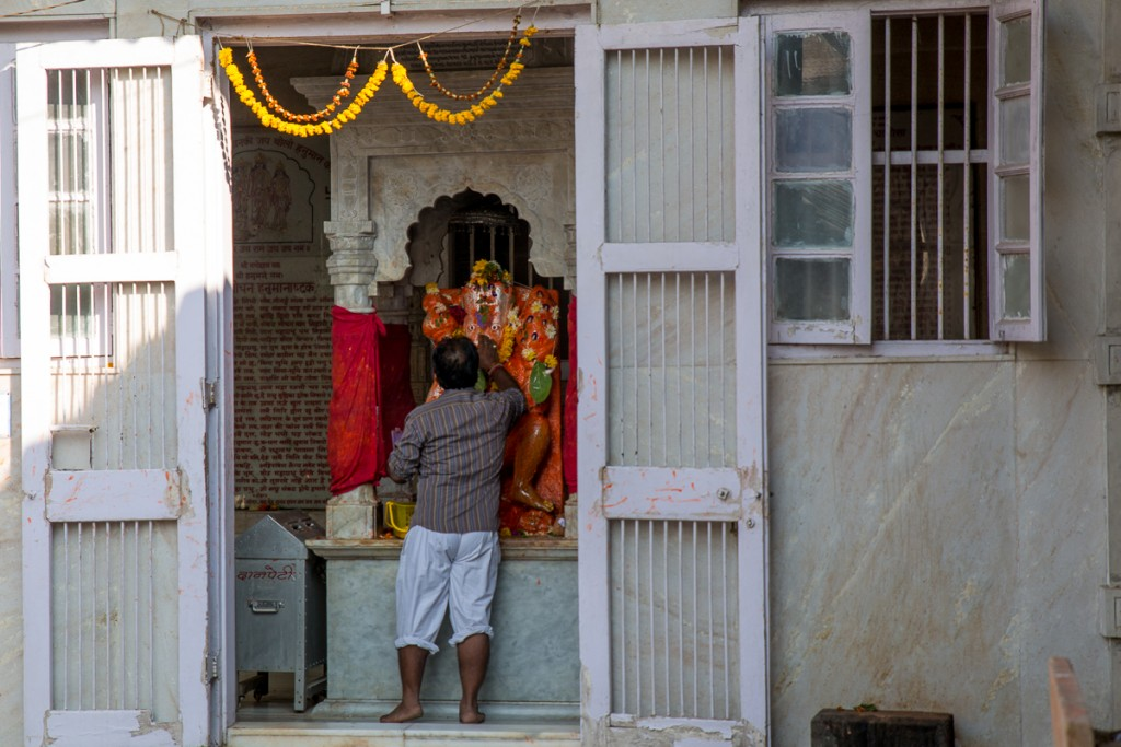 Hanumanji at the entrance to Babulnath Temple. December 2015. ©robertmoses