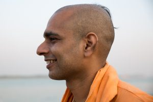 Prem Gauranga das in Varanasi. October 4, 2016. ©robertmoses
