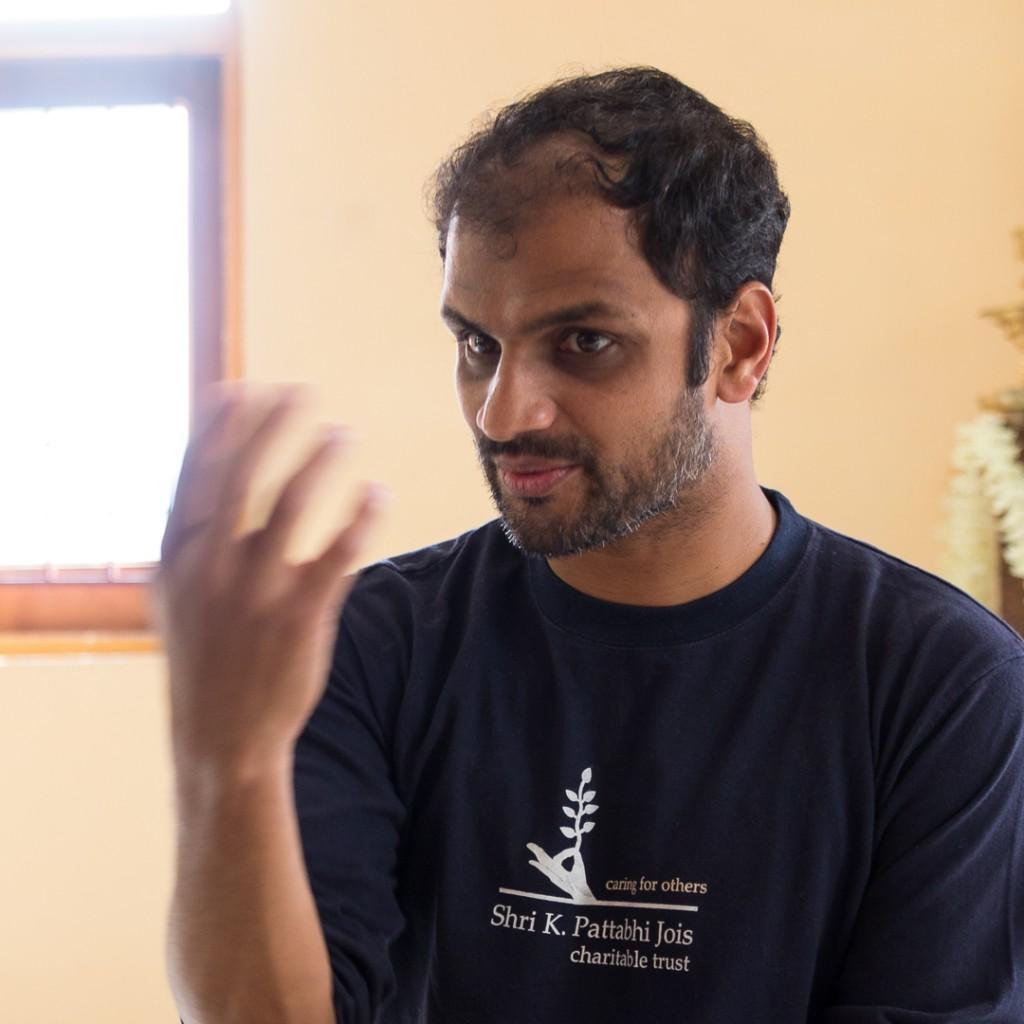 Mahayogi R. Sharath Jois at Tapovan Kuti, Uttarkashi, Uttarakhand, Himalayas. Conference during the Ashtanga Yoga Sadhana Retreat. October 14, 2015. ©robertmoses